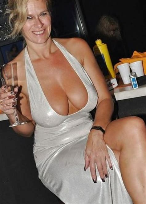 Mature Milf Sexy Dress Xxx Pics Fun Hot Pic