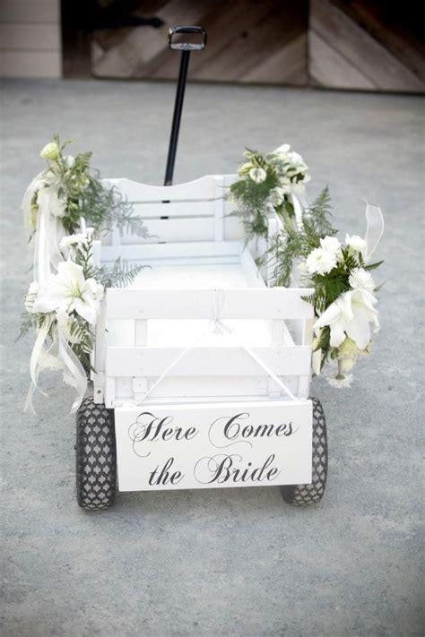 Best 25  Wedding wagons ideas on Pinterest