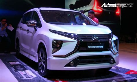 mitsubishi expander hitam mitsubishi expander exceed autonetmagz review mobil