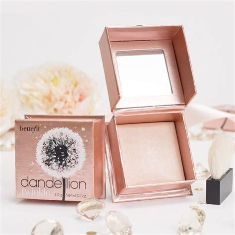 the benefit dandelion twinkle highlighter is a shimmery