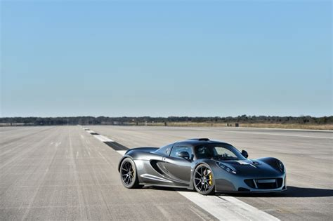 record breaking hennessey venom gt on sale for 1 4
