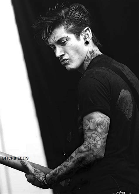 alex turner tattoo submarine