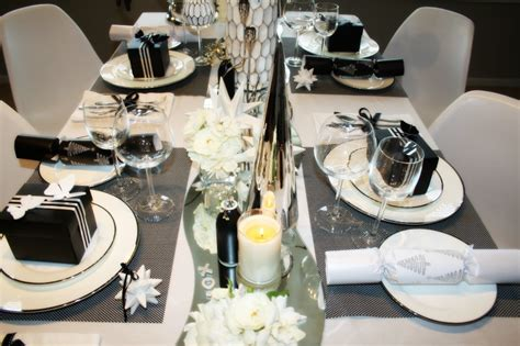 black and white christmas table decorations 3 looks to decorate your table this