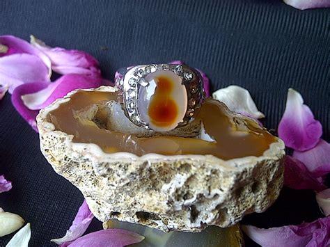 Batu Mustika Penglarisan jagad mistik bertuah mustika penglarisan sandi wolu