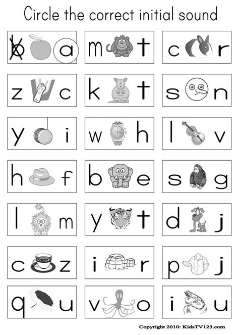 Phonics Worksheets For Kindergarten by 1000 Ideas About Phonics Worksheets On Cvc