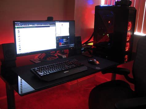 battle station bedroom setup gaming 1000 images about computer setups on triplets