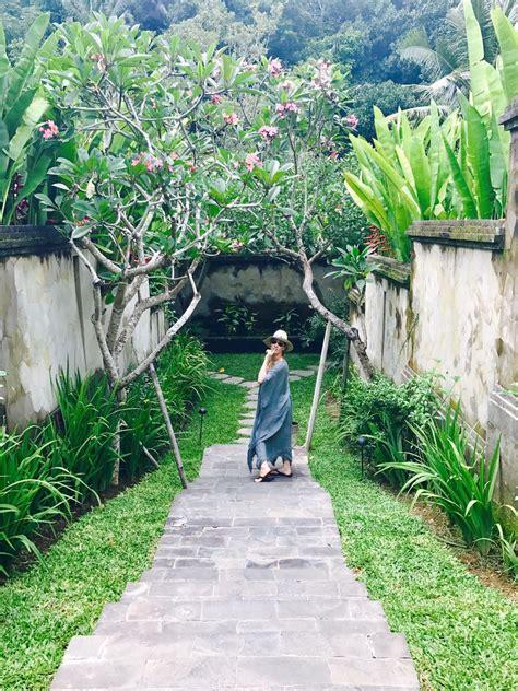 private villas   ritz carlton mandapa reserve