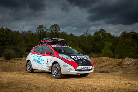 nissan leaf   racing    place youd expect autoguidecom news