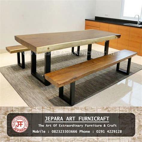 Kursi Meja Makan Besi jual set meja makan bangku solid trembesi kaki besi murah
