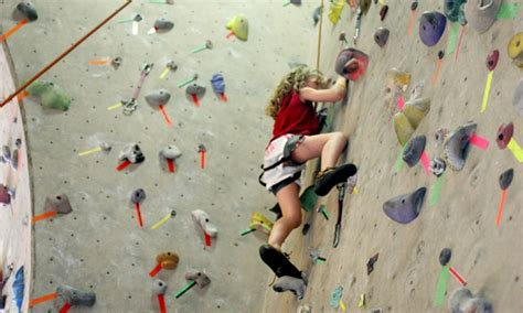 how do rock climbers go to the bathroom rock climbing can treat back pain institute for western