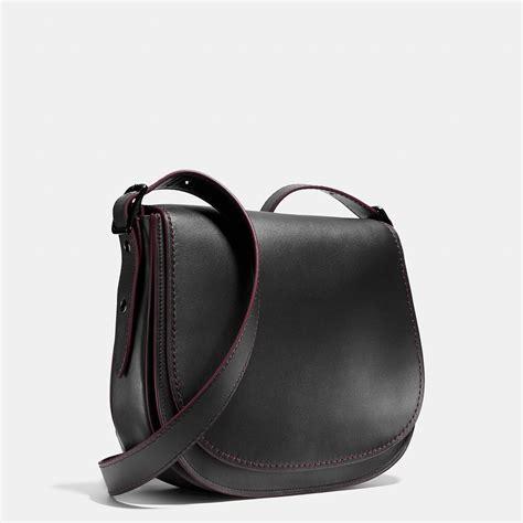 9170 Bag Black coach saddle bag in glovetanned leather in black matte black black oxblood lyst