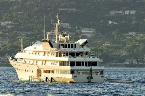 donald trump yacht new kingdom 5kr yacht the 86 metre iconic superyacht