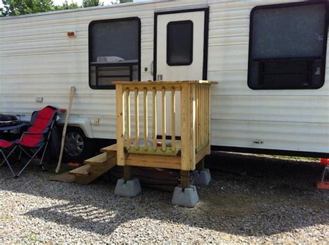keystone custom homes offers easy steps to building a new unique wooden portable steps for your travel trailer
