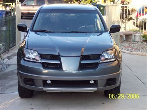 manual cars for sale 2004 mitsubishi outlander parking system 04awd 2004 mitsubishi outlander specs photos modification info at cardomain