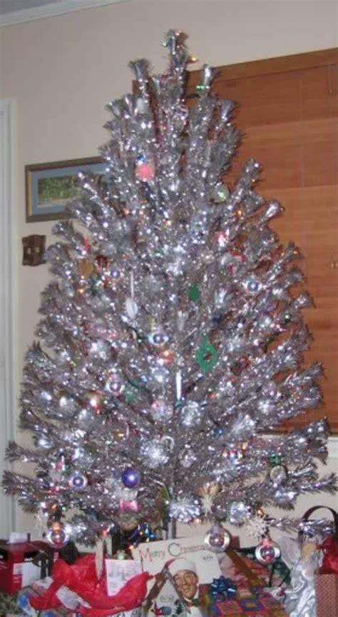 1950s aluminum christmas tree vintage aluminum trees free