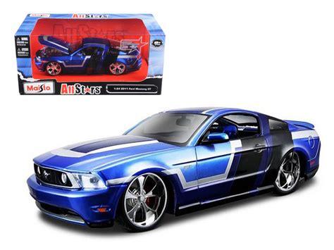 124 Maisto Custom Shop Ford Mustang 2011 ford mustang gt blue custom 1 24 diecast model car by