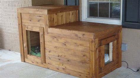 diy heated dog house great for dogs who spend a lot of time outdoors diy insulated and heated dog house