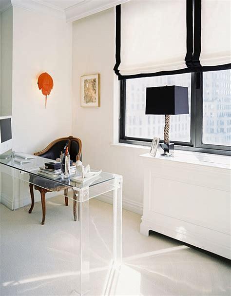 schreibtische glasplatte glasschreibtisch effektvolle modelle