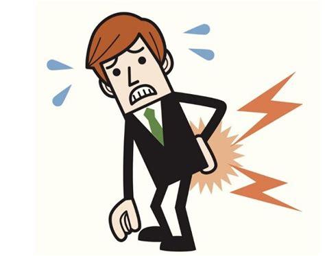 mal di schiena da seduti mal di schiena postura corretta in ufficio