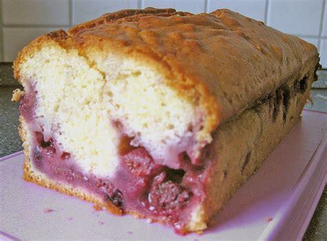 johannisbeer joghurt kuchen joghurt beeren kuchen rezept mit bild pietra22