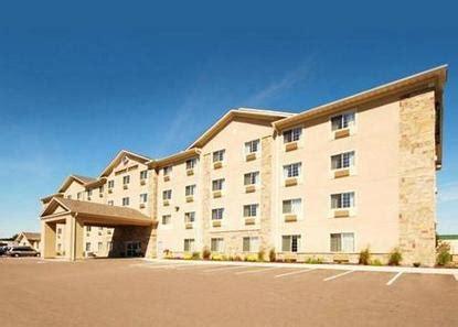 comfort suites minneapolis comfort suites blaine minneapolis deals see hotel
