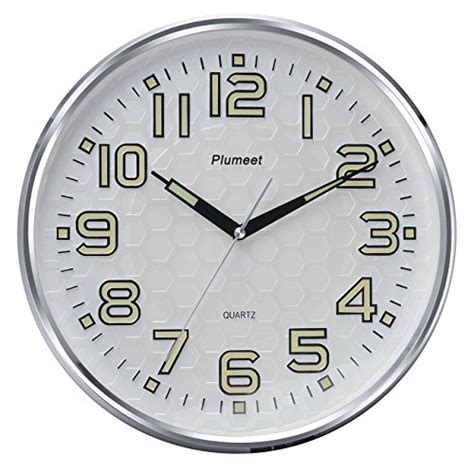 amazon com plumeet large number wall clock 13 silent non ticking plumeet 13 inch wall clock with silent non ticking night