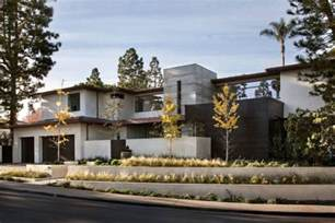 contemporary home rdm general contractors design a contemporary house in