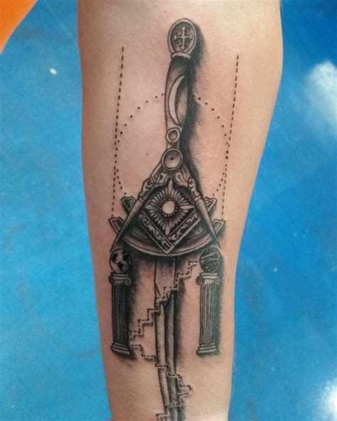 mason tattoo best 25 freemason ideas on masonic