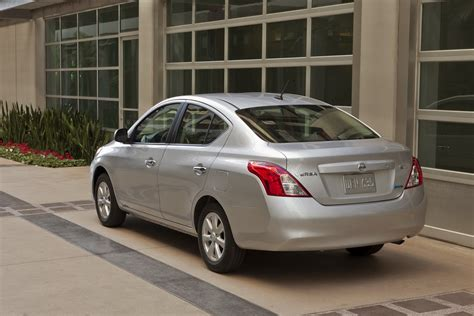 nissan spokesperson closing the door in a nissan versa could deploy the airbags