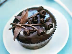 kuchen verzieren schokolade cake decorating with chocolate ganache ideas trendy mods