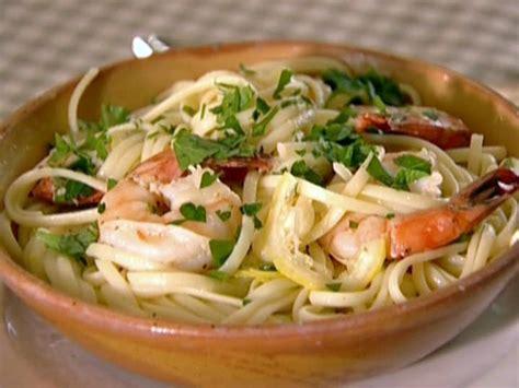 ina garten shrimp linguine check out linguine with shrimp sci it s so easy to