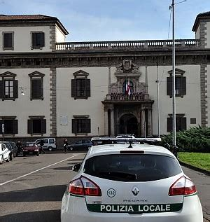 ufficio contravvenzioni napoli verbale cancellato pagando il 30 condannato il vigile