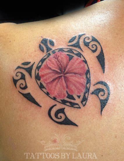polynesian turtle hawaiian flowers tattoo tattoo ideas hawaiian turtle tattoo on left back shoulder by laura