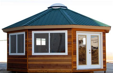 Small Wooden House Design   Artenzo