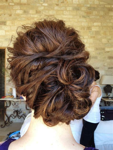 Wedding Hair Updo Tips by Wedding Hair Updo
