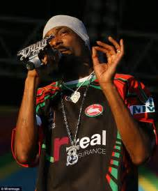 Uk To Snoop Dogg No Visa For You by Snoop Dogg Cracks Joke At The Expense Of Australian Rapper