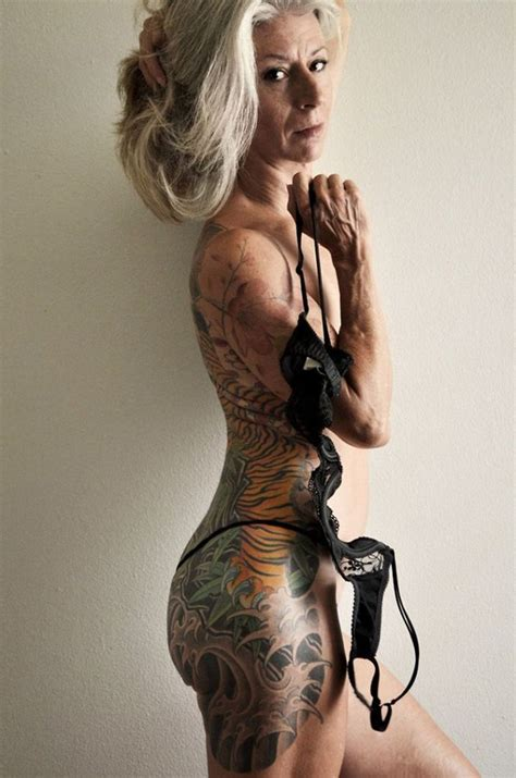 56 year old female body 56 year old woman proves you can be sexy no matter how old