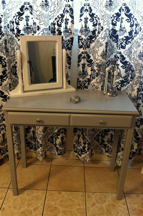 Refurbished Vanity Table by 1000 Ideas About Refurbished Vanity On