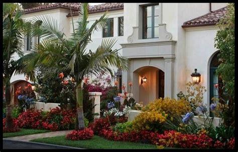 imagenes de casas con jardines grandes fachadas de casas con jardin al frente imagenes de casas
