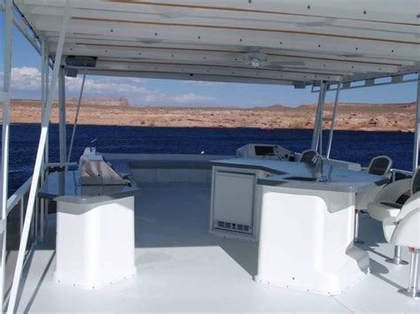 boat xtreme rentals 75 foot silver xtreme houseboat