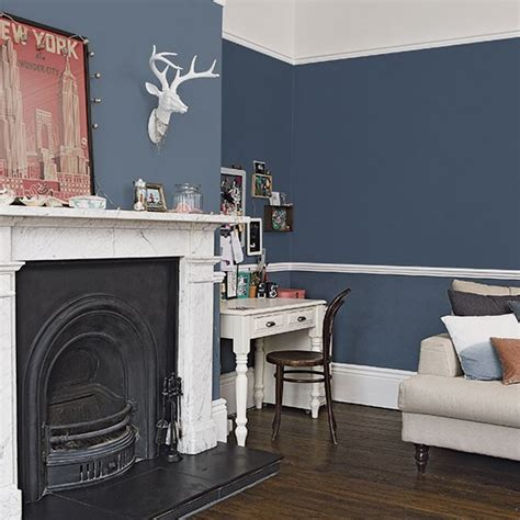 dark blue paint living room traditional dark blue living room decorating