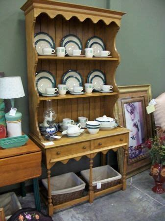 the lived in room 88 best images about at the lived in room on vintage dressers antique radio and