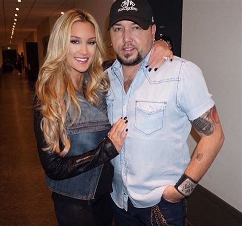 jason aldean gets a big surprise from wife brittany on 17 best images about jason aldean on pinterest two