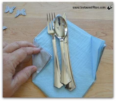 How To Fold A Paper Napkin To Hold Silverware - 25 best how to fold napkins ideas on folding