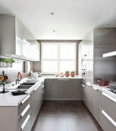 U Kitchen Design Ideas by Best 25 Small U Shaped Kitchens Ideas On Pinterest
