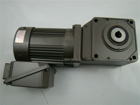 induction motor sumitomo sumitomo sm cyclo 3 phase 1 4 hp induction motor type tc fx with sm hyponic gear ebay