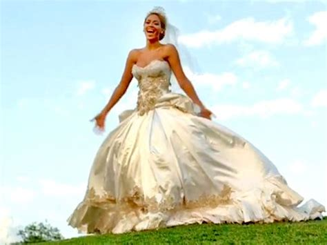 beyonce video wedding dress beyonce s wedding dress in best thing i never had took