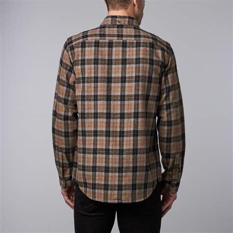 Kemeja Flannel Classic Tartan Square Brown 1 umpqua flannel brown plaid s wilder sons touch of modern