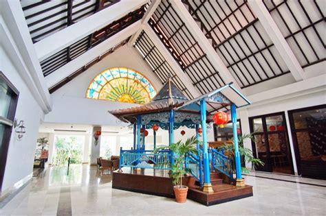 agoda cirebon review hotel santika cirebon pergidulu com