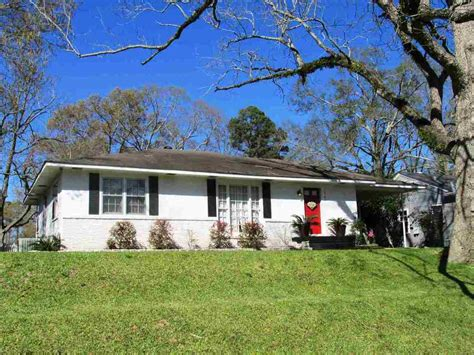 1703 robinson natchez ms for sale 119 900